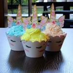 AMZTM Decorazioni per Torte Cupcake Toppers e Set di Wrapper - Magico Arcobaleno Unicorno Articoli per Feste Set di Decorazioni per Il Compleanno N...