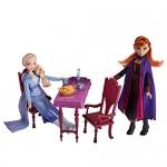 Disney Frozen 2 - Castello di Arendelle Pieghevole (Casa delle Bambole Ispirata al Film Disney Frozen 2, Gioco Portatile Adatto a Bambini dai 3 Ann...