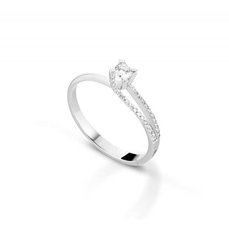Anello Solitario In Oro Bianco 18kt E Diamanti Ct0 23